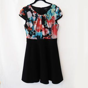 Tahari Black and Floral Short Sleeve Mini Dress